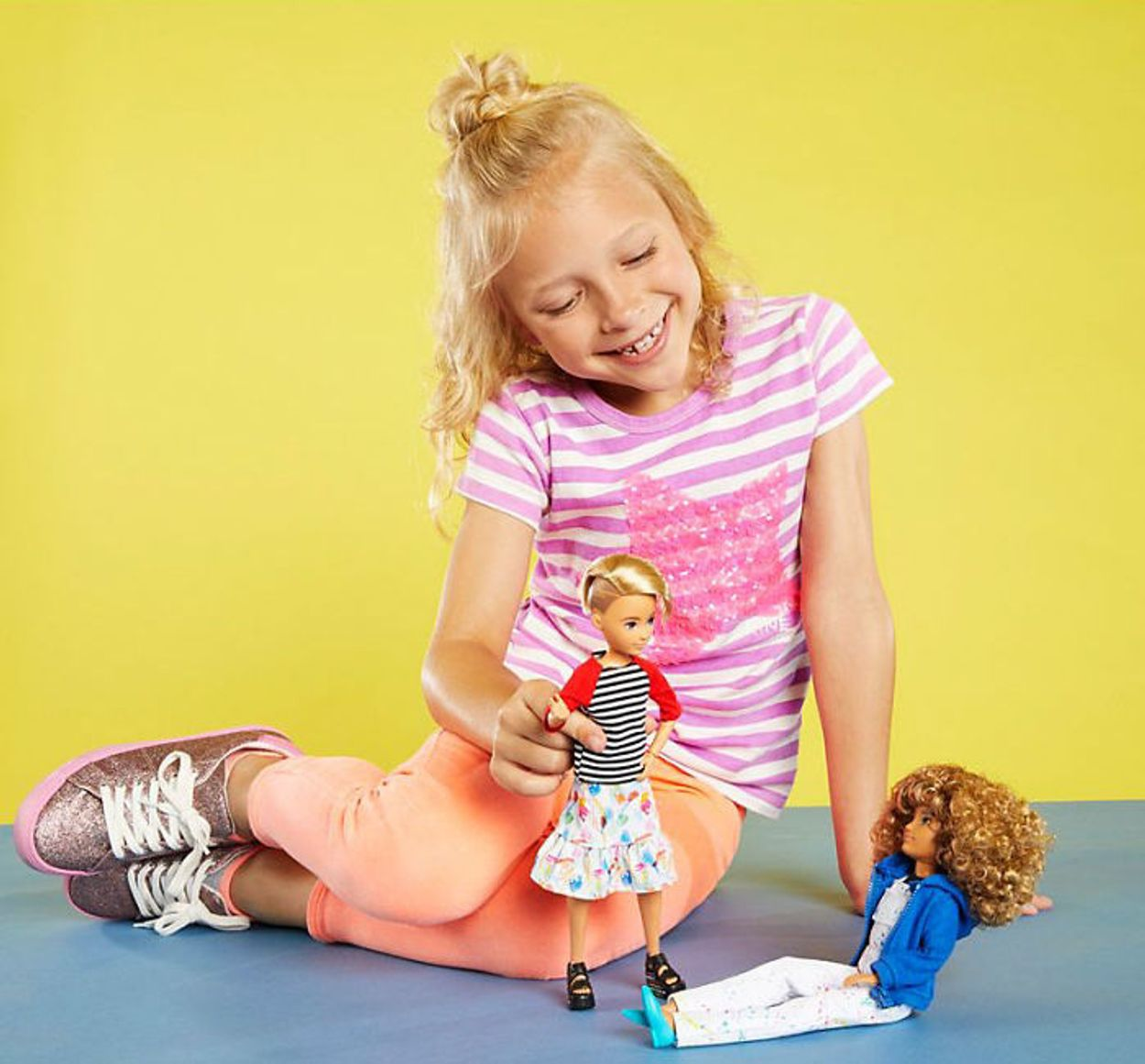End 5d8c69bf714f6-gender-neutral-dolls-toy-company-mattel-1-13-5d8b35131f039__700