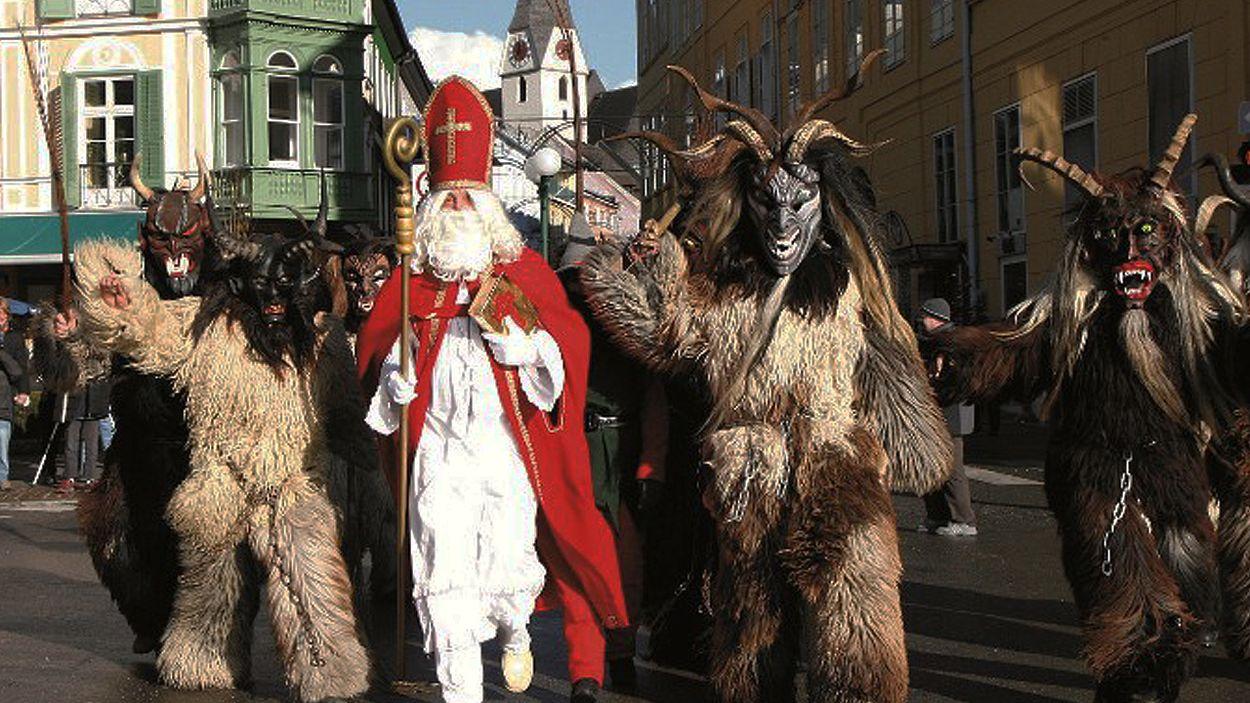 Afbeelding van Web Draait Door: zieke sinterklaasfeesten in het buitenland