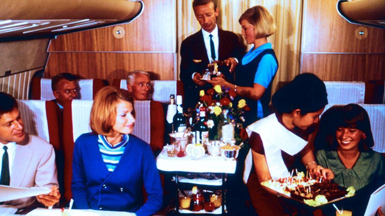 Scandinavian-Airlines-1965-dinner