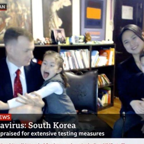 Afbeelding van Ze zijn terug! Familie van 'BBC dad' spreekt over hun leven in quarantaine
